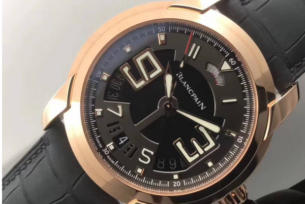 劳力士手表维修中心展示手表